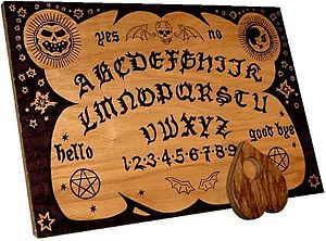 How to Use a Ouija Board to Contact the Other Side Properly